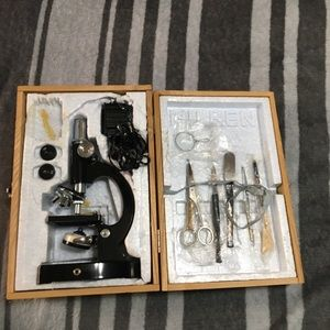 VINTAGE MINI MILBEN MICROSCOPE WOOD CARRYING CASE